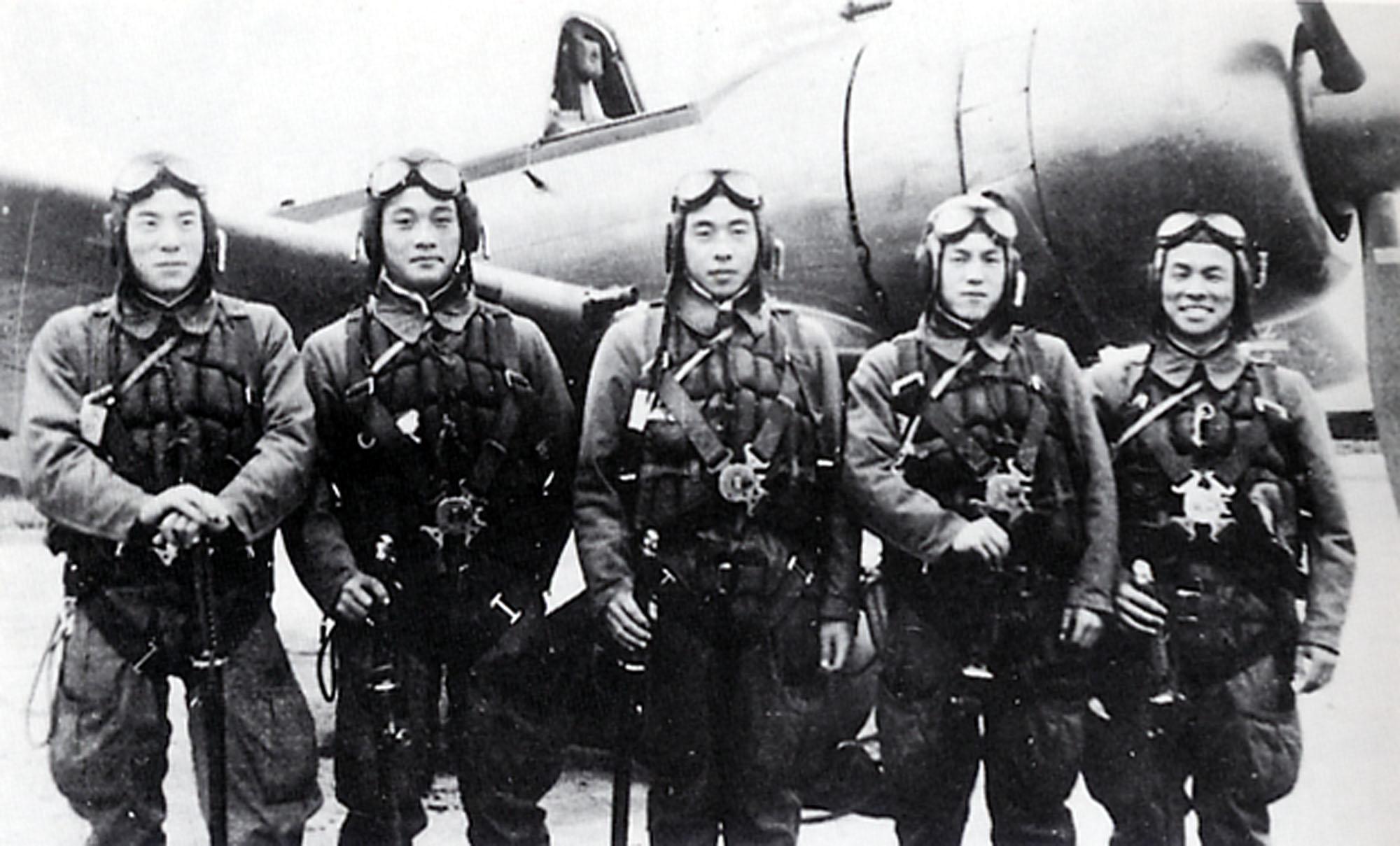 Фото пилотов пружаны 4